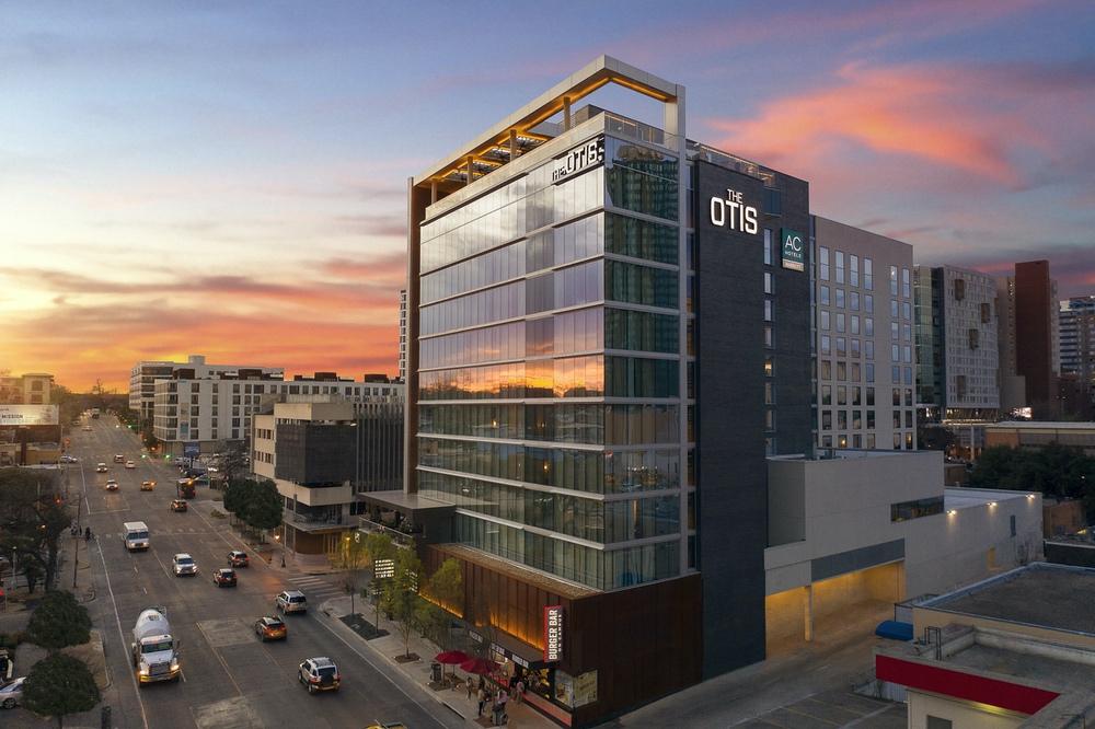 residential-Austin Otis dusk exterior alt