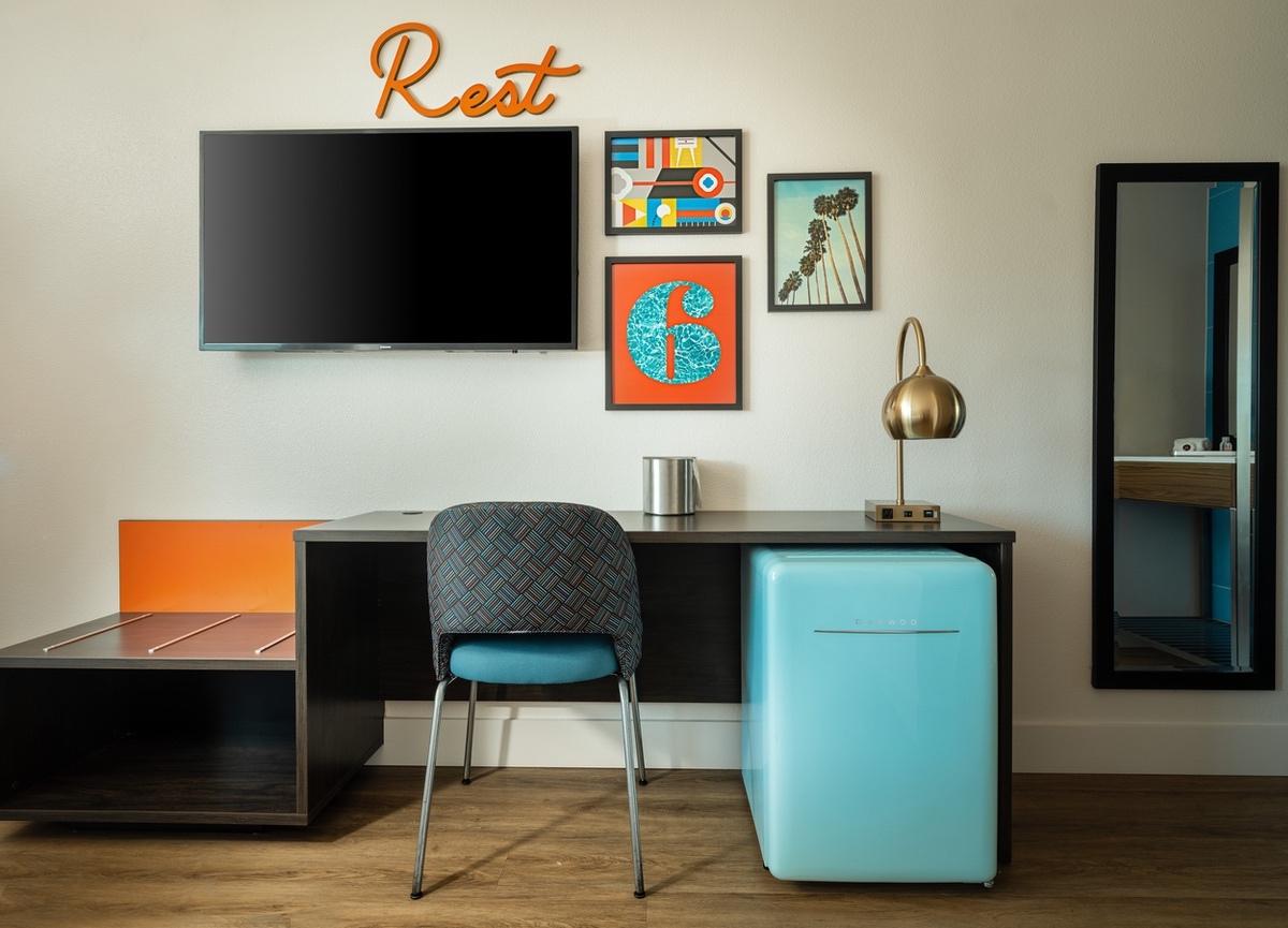 G6-Hospitality-2021-Desk area