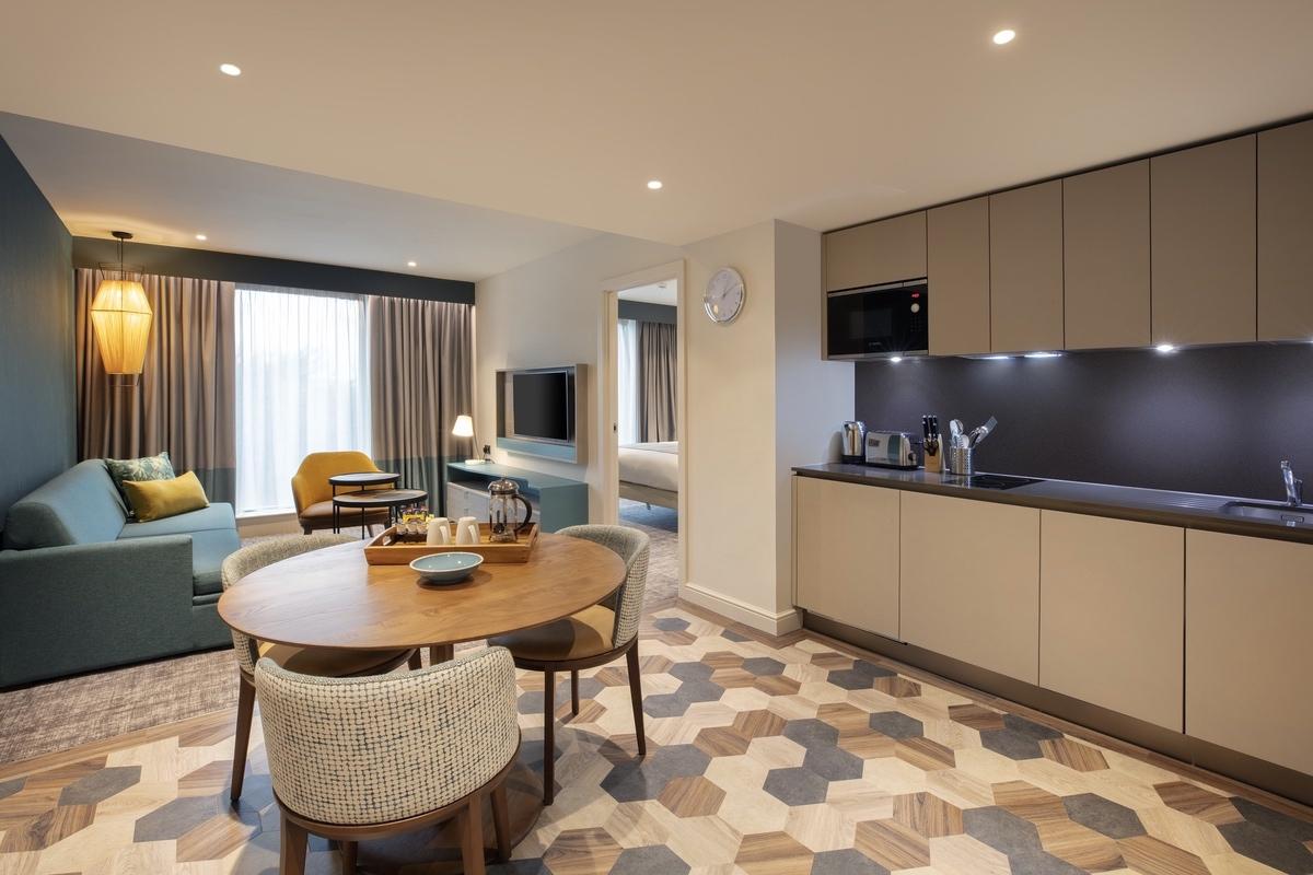 IHG-2021-One Bedroom Suite Kitchen