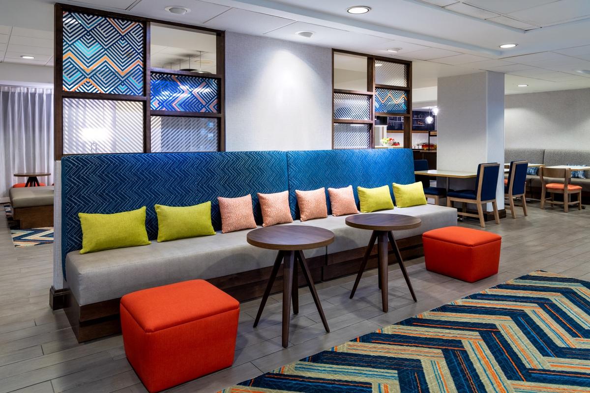 terrapin-DENGW_Lobby Seating