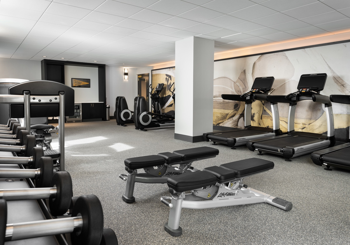 white-lodging-Union Club Hotel Fitness center