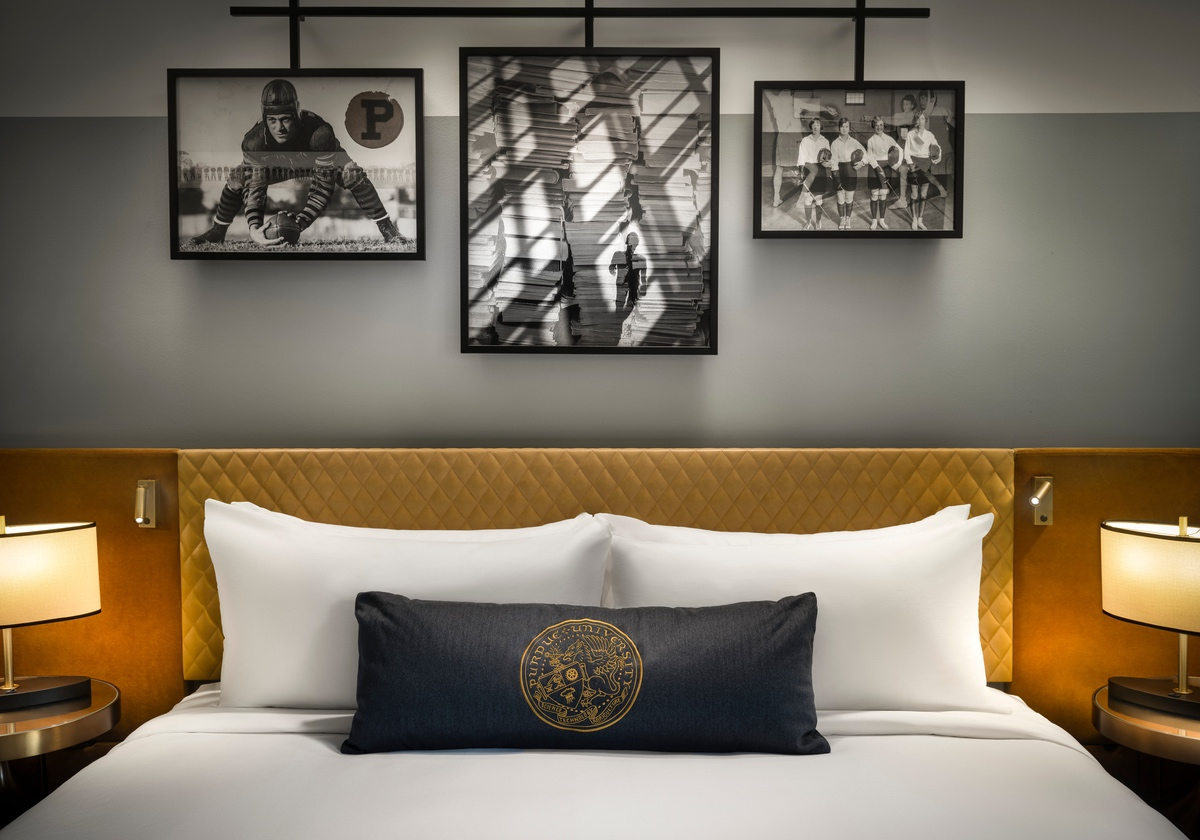 white-lodging-Union Club Hotel bed detail-3
